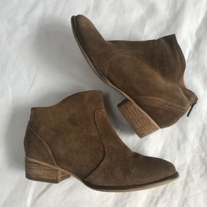 Seychelles suede boots